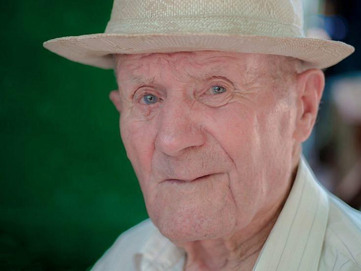 Retrato de persona mayor
